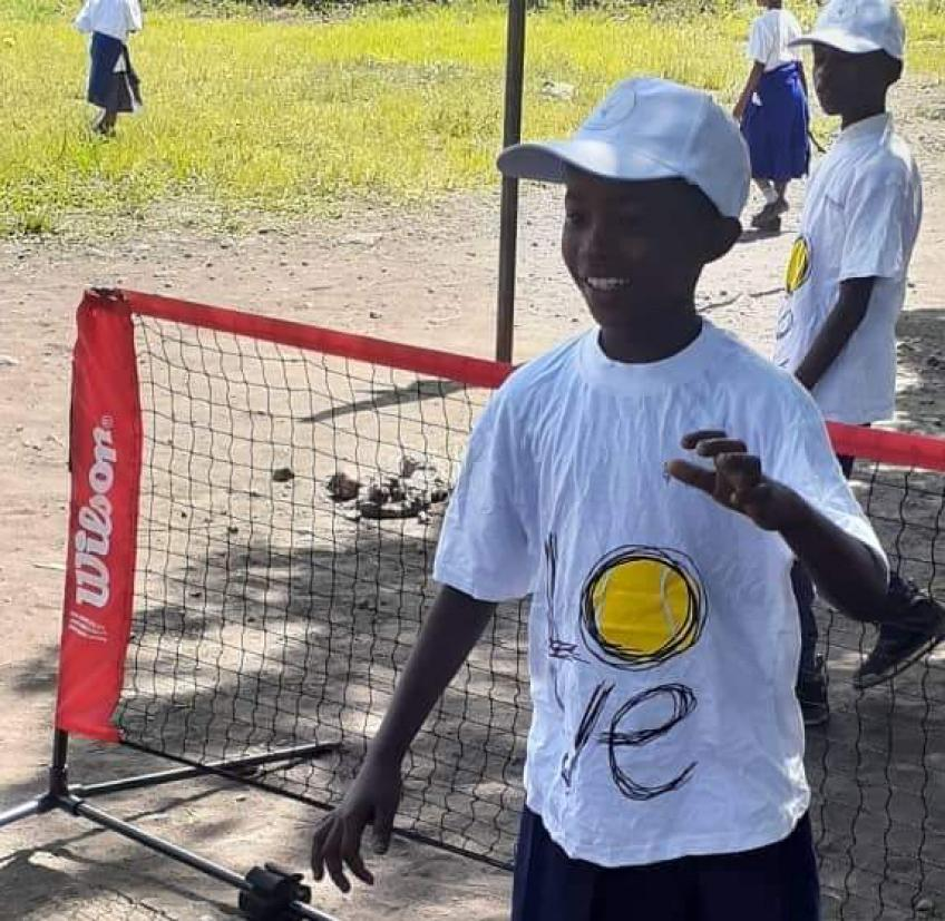 "UNE ""COUPE DAVIS"" DE LA SOLIDARITÉ AVEC TENNIS WORLD FOUNDATION"