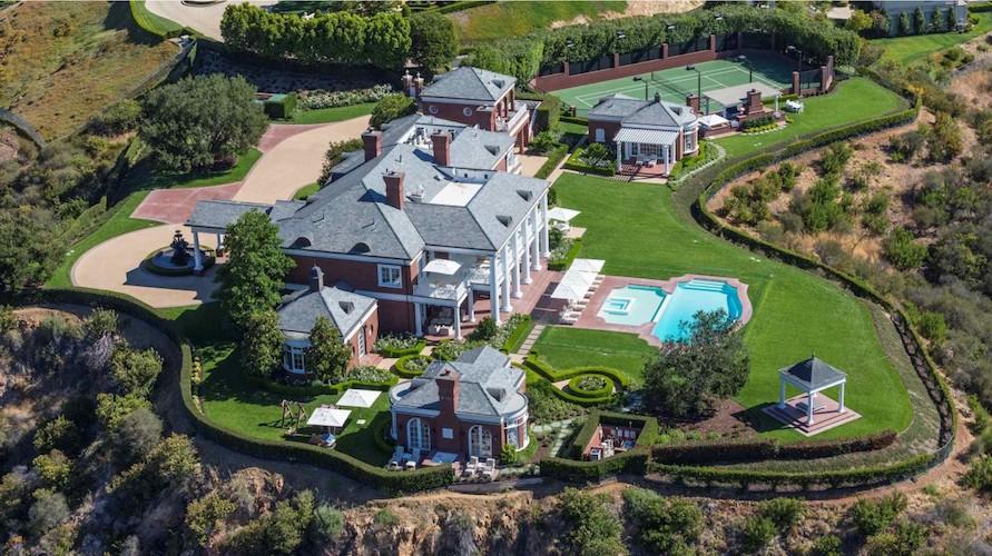 Maisons spectaculaires avec leur propre court de tennis